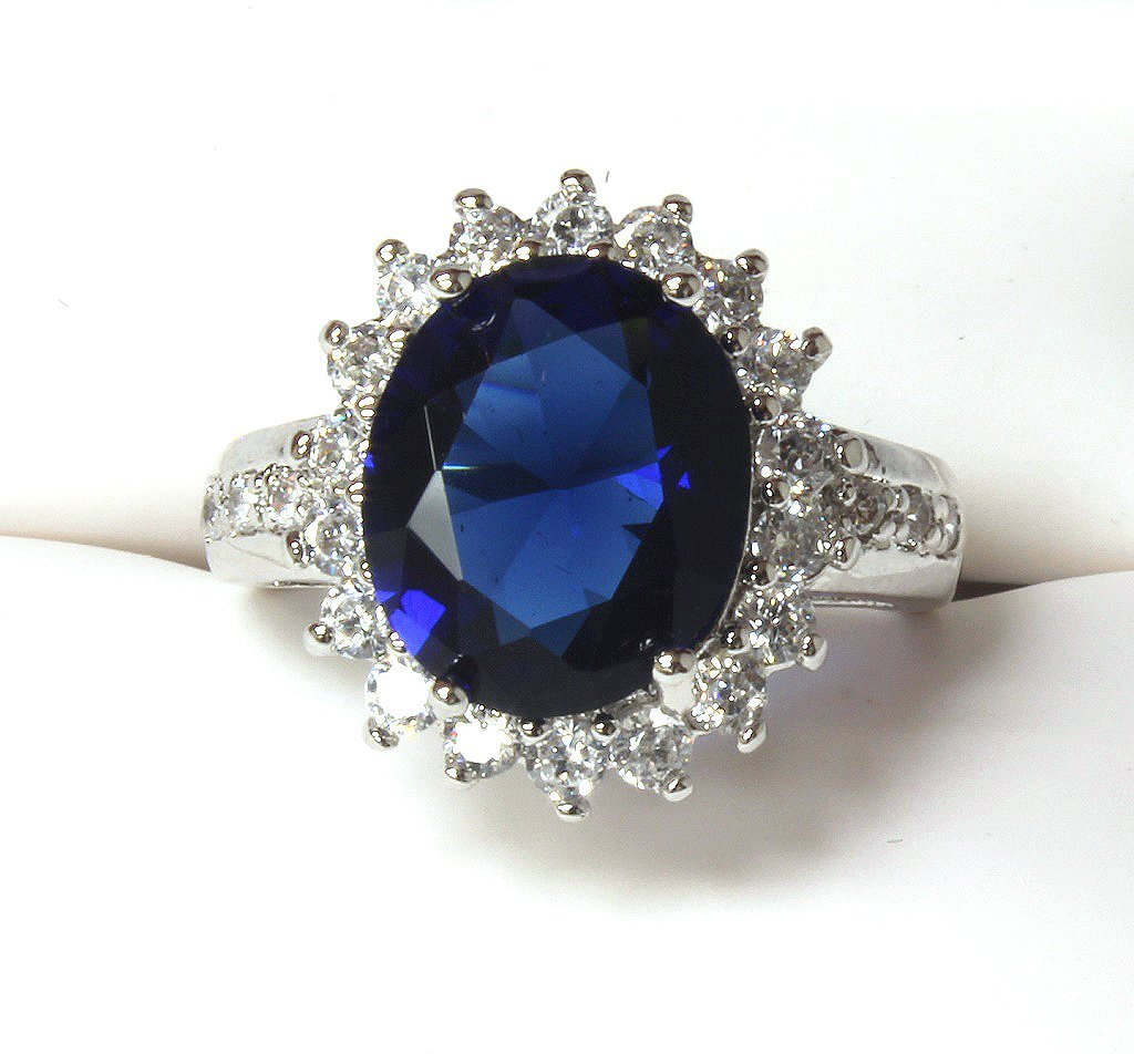4 ct. Lady Diana sapphire ring set in sterling