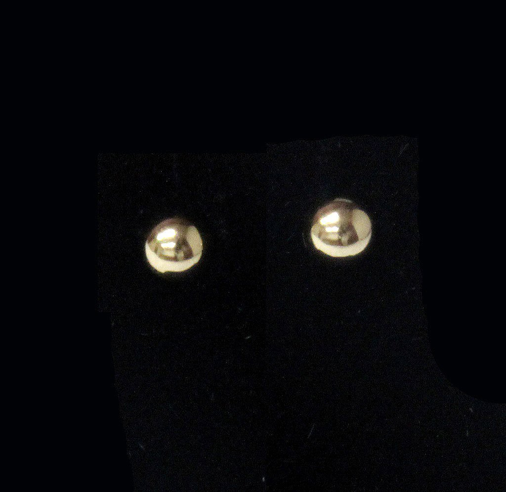 14 kt. Solid gold ball earrings