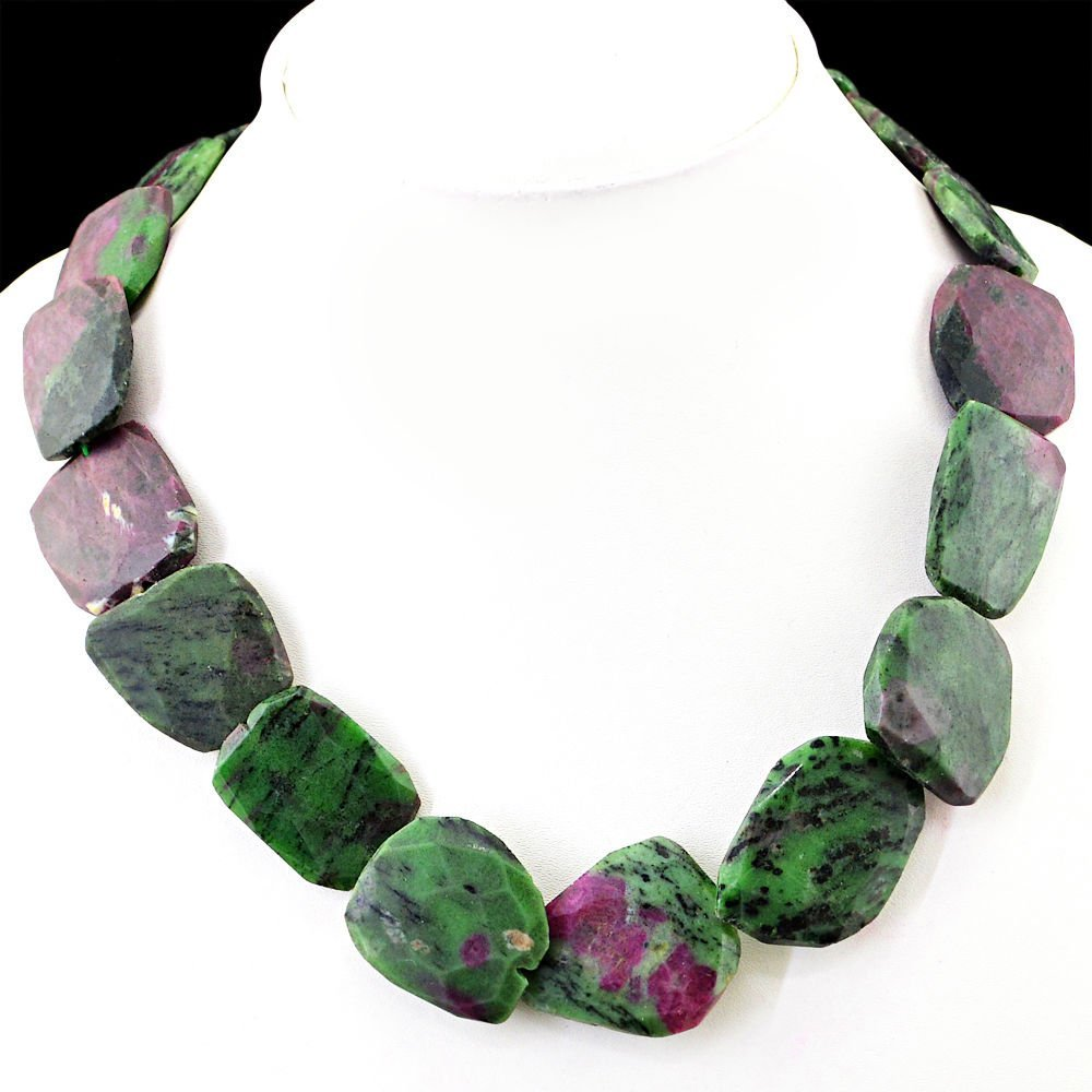 Faceted Rich Green Ruby Zisoite Beads Necklace
