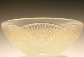 French Deco R. Lalique Crystal Serving Bowl