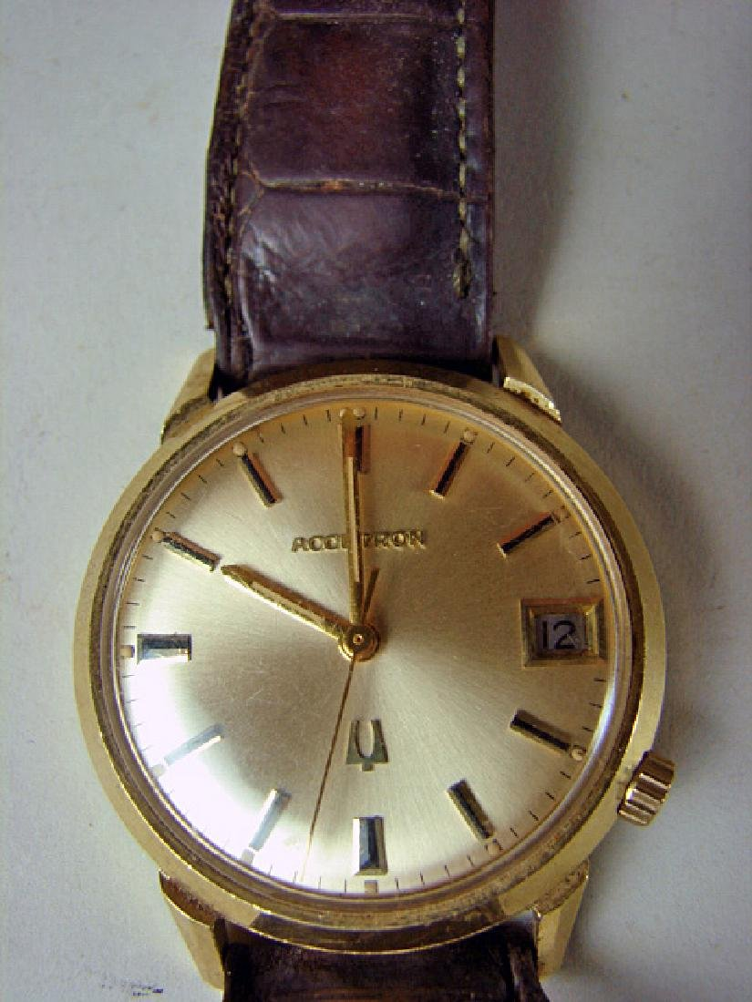 1960s 14K Gold Men's Bulova Accuttron Wristwatch - 2
