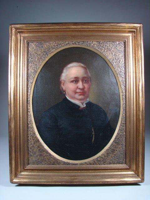 781: Portrait of Prestigious Woman
