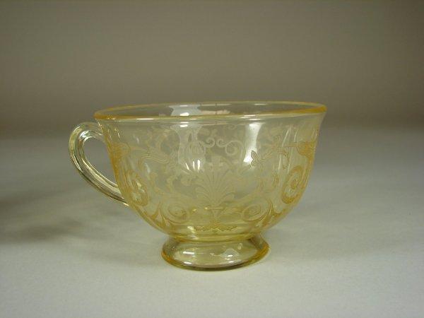 16B: 12 Yellow Fostoria Versailles Cups & Saucers - 4
