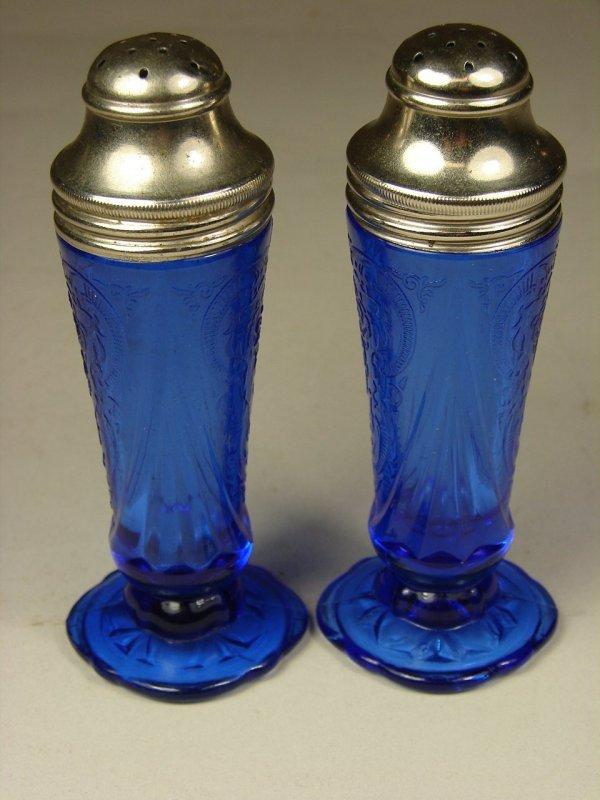 19B: Pair Cobalt Royal Lace Shakers - 2