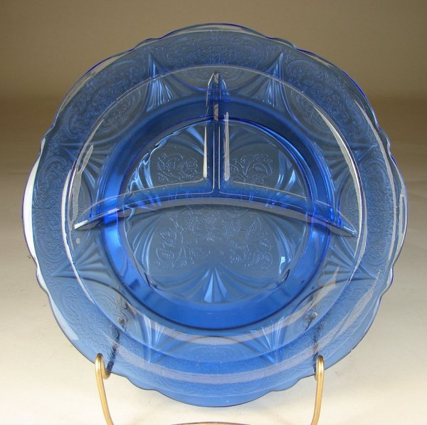 22B: Four Cobalt Royal Lace Grill Plates