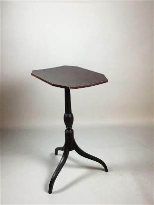 Late 18th Century Tilt Top Spider Leg Table