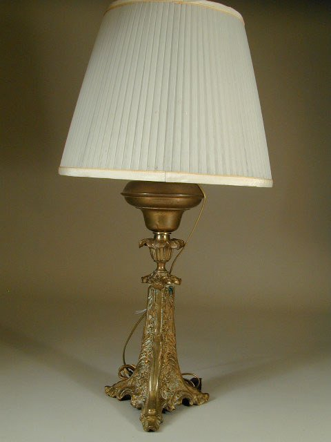 10: Converted Oil Lamp