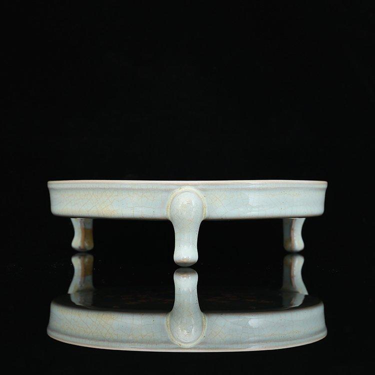 Chinese Song Ru Kiln Porcelain Three feet Bowl