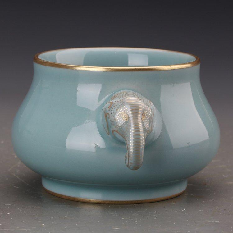 Chinese Powder blue glaze  Porcelain Incense burner - 6