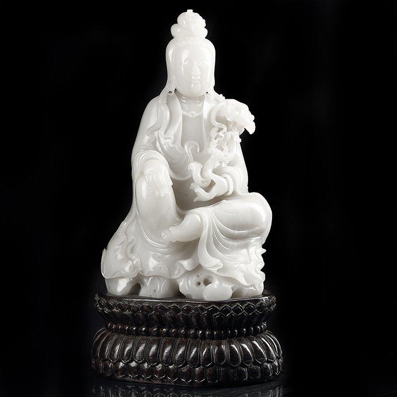 Large Chinese Qing Hetian Jade Guanyin
