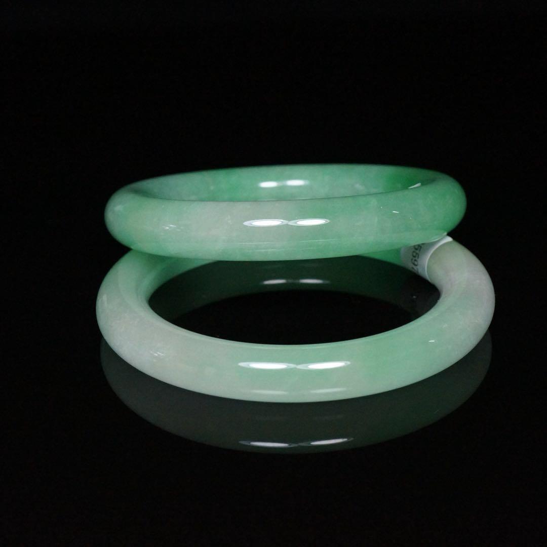 Pair of Chinese Jade Bracelets - 2