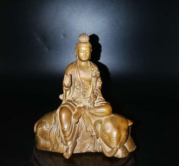 Chinese Ancient boxwood guanyin