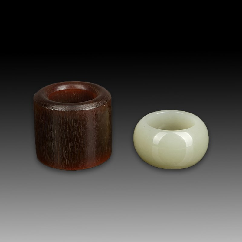 Pair of Chinese  jade and Animal Angle Archer Ring