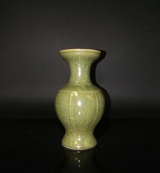 Chinese Longchun kiln Porcelain Vase