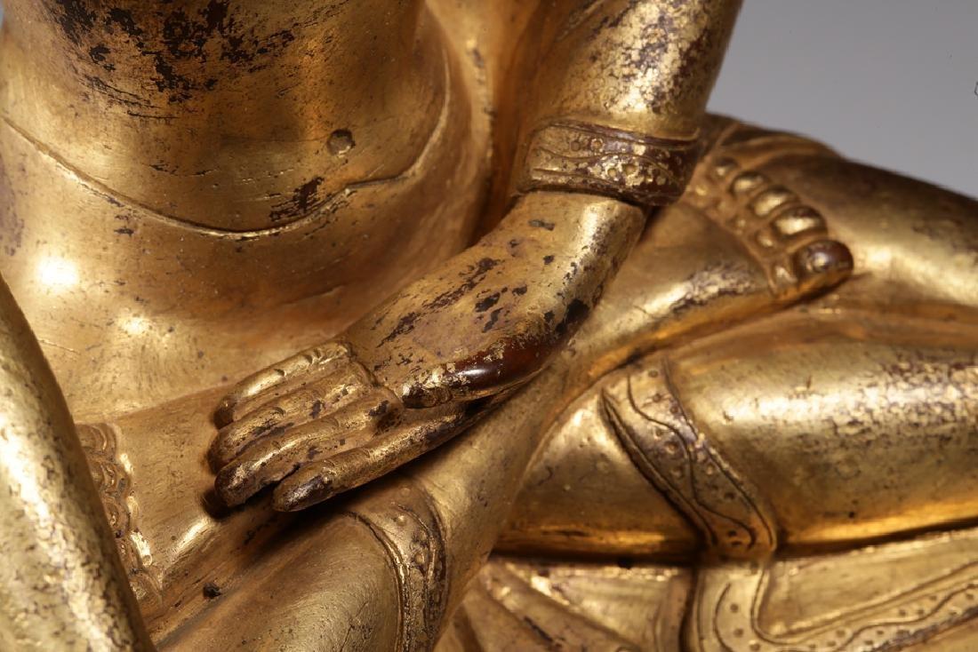 VERY FINE CHINESE BRONZE FIGURE OF BUDDHA - 6