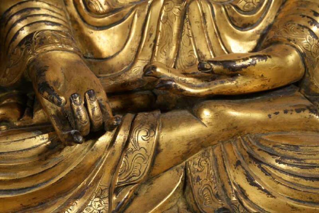 VERY FINE CHINESE BRONZE FIGURE OF BUDDHA - 3