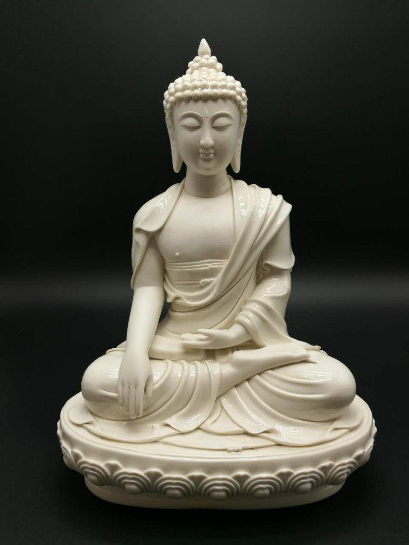Chinese dehua Buddha figure