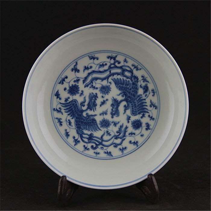 Ming dynasty Chenghua year put lotus flower blue and  w