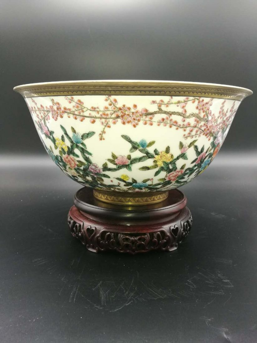 Chinese Thin and big Famille Rose Porcelain Bowl