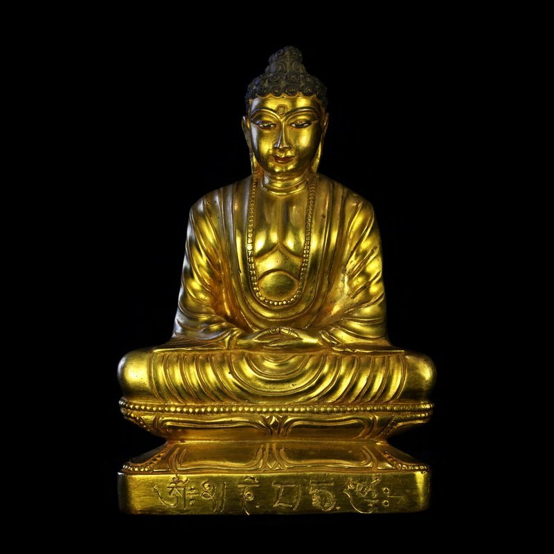 All the gold in the qing dynasty old Buddha Buddha had