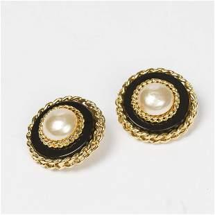 Chanel Large Round Chain Clip Earrings Earrings
