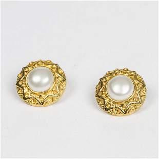 Chanel Round PearlCentered Clip Earrings Earrings