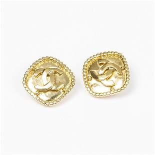 Chanel Diamondshaped Logo Clip earrings with dots