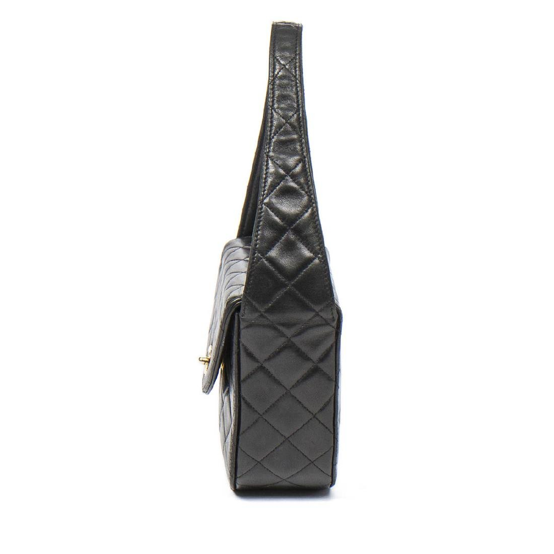 Chanel Make up Hand Bag in Black Quilted Leather - 3