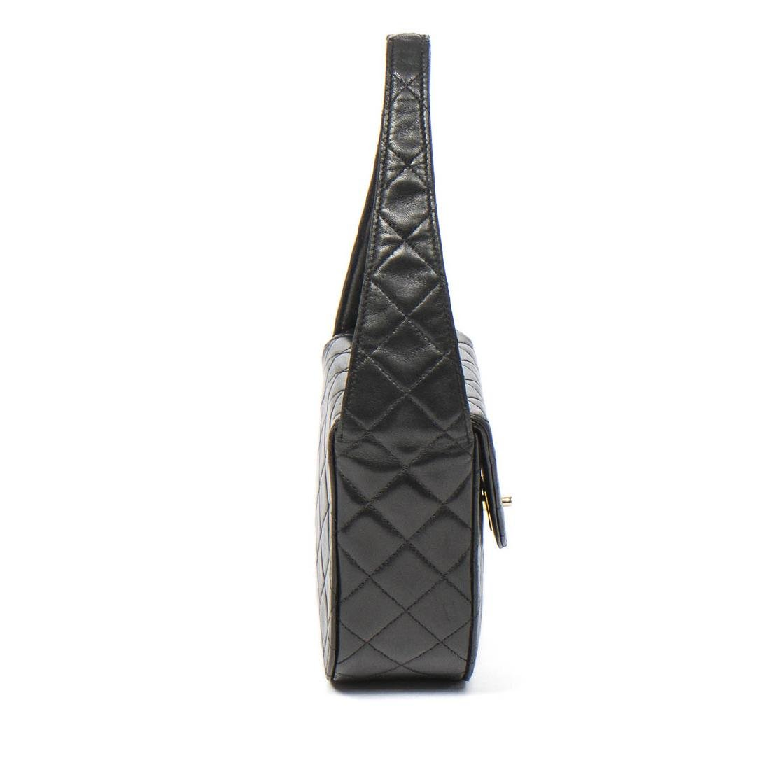 Chanel Make up Hand Bag in Black Quilted Leather - 4