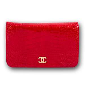 Chanel Reissue Jumbo Double Flap in Red Distressed