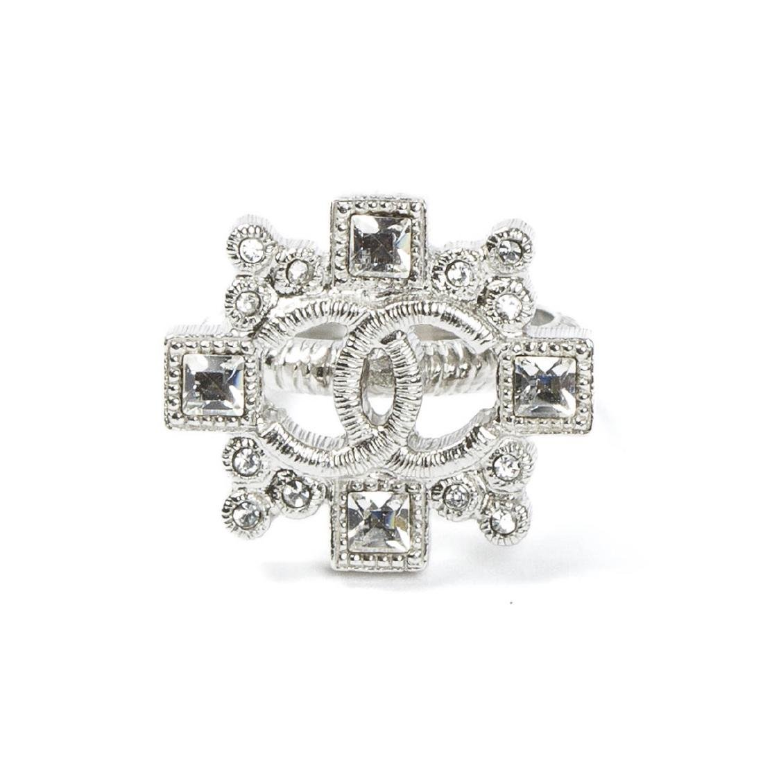 Chanel Intertwined Logo and Cross Ring 59 cm