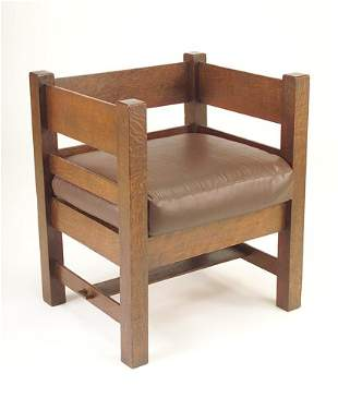 ARTS & CRAFTS Even-arm chair with broad horizontal