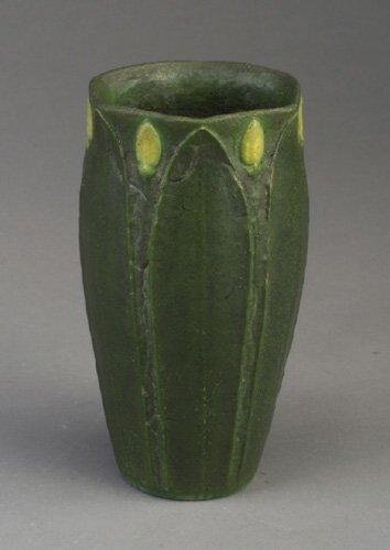 18: Fine GRUEBY vase with six-sided opening,