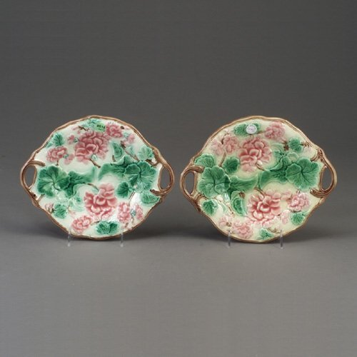 514: Pair of English majolica bread trays, wi