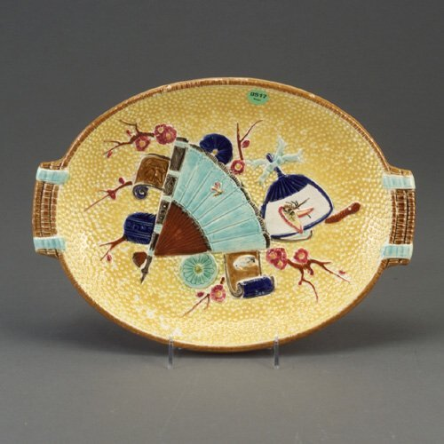 517: SIMON FIELDING majolica bread tray, c. 1