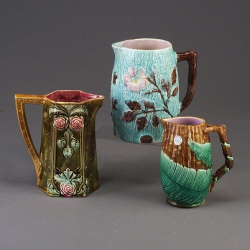 521: Three majolica jugs, c. 1870-1900, compr