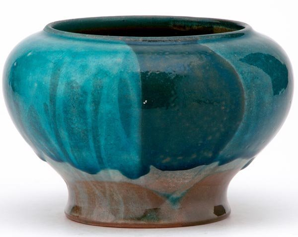 23: MARBLEHEAD Squat vessel in Persian crackleware