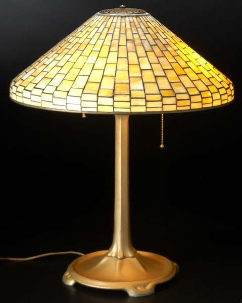 17: TIFFANY STUDIOS Geometric table lamp, its conical s