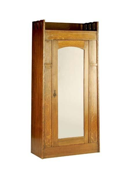 517C: WYBURD (Attr.) Wardrobe with mirrored single door