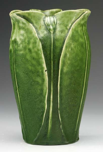 14: GRUEBY Vase with pinched rim, leaves and buds