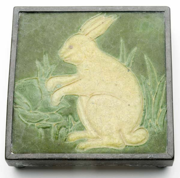 19: GRUEBY Rare tile decorated in cuenca with rabbit