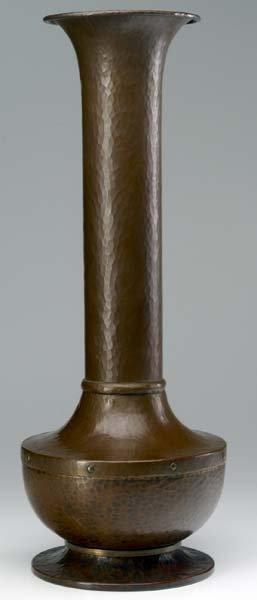 504: ROYCROFT Hammered copper American Beauty vase