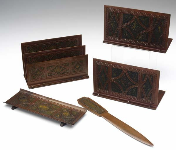 508: ROYCROFT Hammered copper desk set