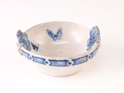 2: SUSAN FRACKELTON Small decorated stoneware dish with