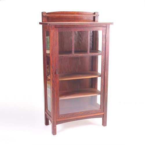 516: LIMBERT China cabinet (no. 447) with overhanging t