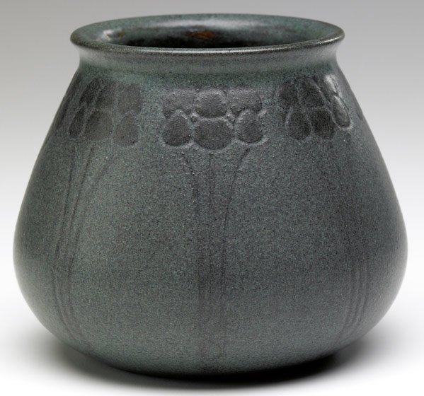 2: MARBLEHEAD Beaker-shaped vase