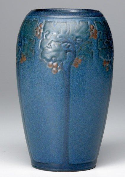 14: MARBLEHEAD Ovoid carved vase