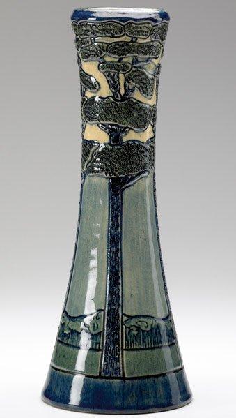 500: NEWCOMB COLLEGE Vase by Marie De Hoa LeBlanc
