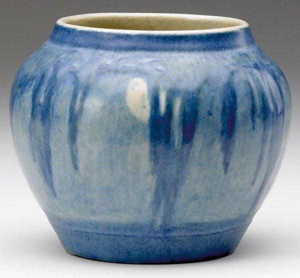 509: NEWCOMB COLLEGE Vase carved by Sadie Irvine