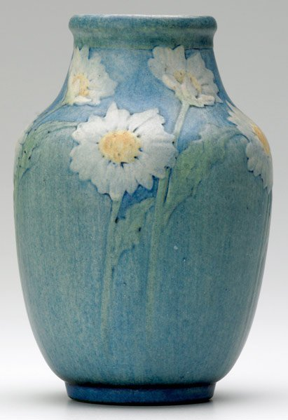 511: NEWCOMB COLLEGE Vase decorated by Alma Mason